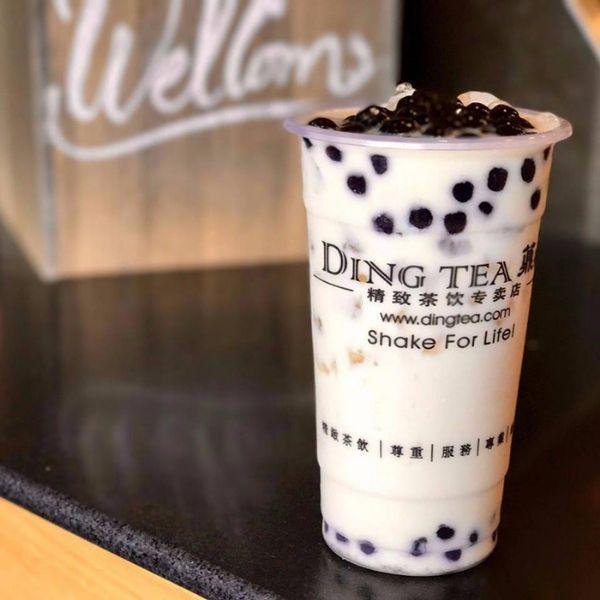 Hồng Trà Sữa của DingTea rất ngon đó nha!