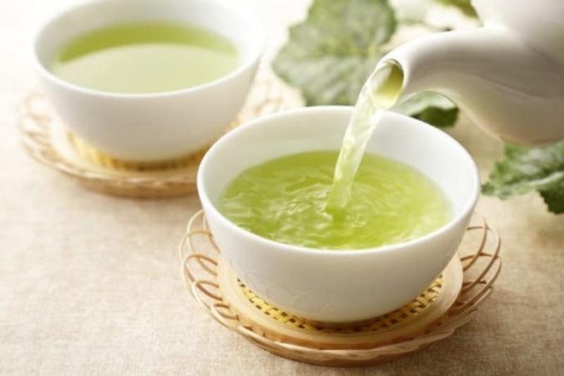 Thưởng thức trà xanh cũng là một nghệ thuật.